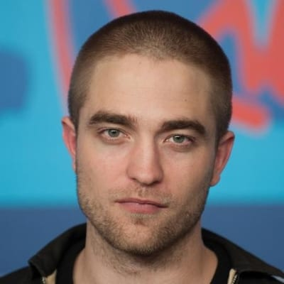 Robert pattinson shaved head pictures