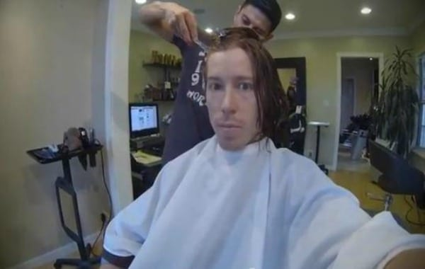 Shaun White cuts hair
