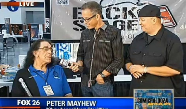 "Interview with Peter ""Chewbacca"" Mayhew at Comicpalooza"