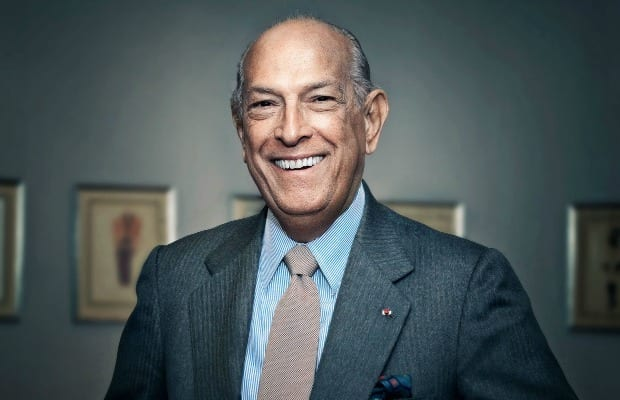 Fashion Designer Oscar de la Renta Dies at 82