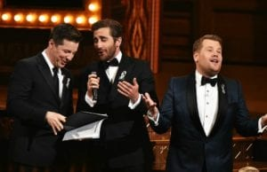 Watch Sean Hayes & Jake Gyllenhaal Sing 'A Whole New World'